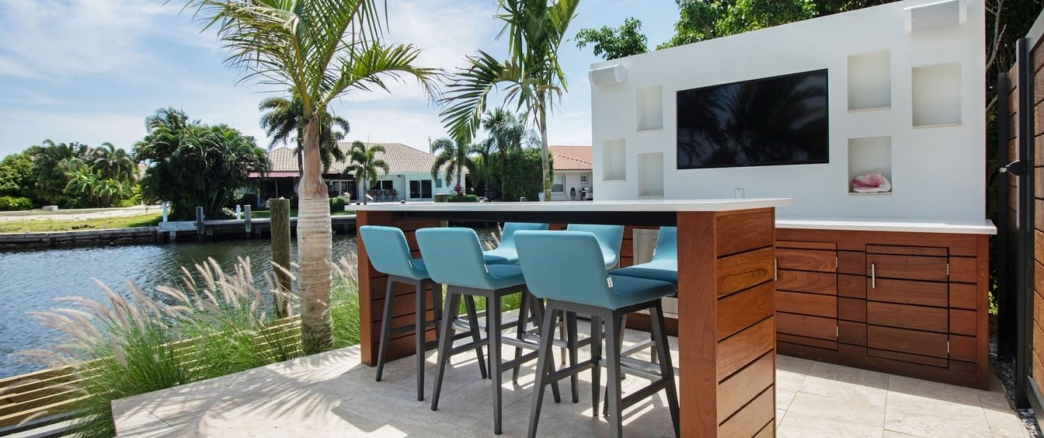 outdoor tv bar and cabinetry design fort lauderdale florida